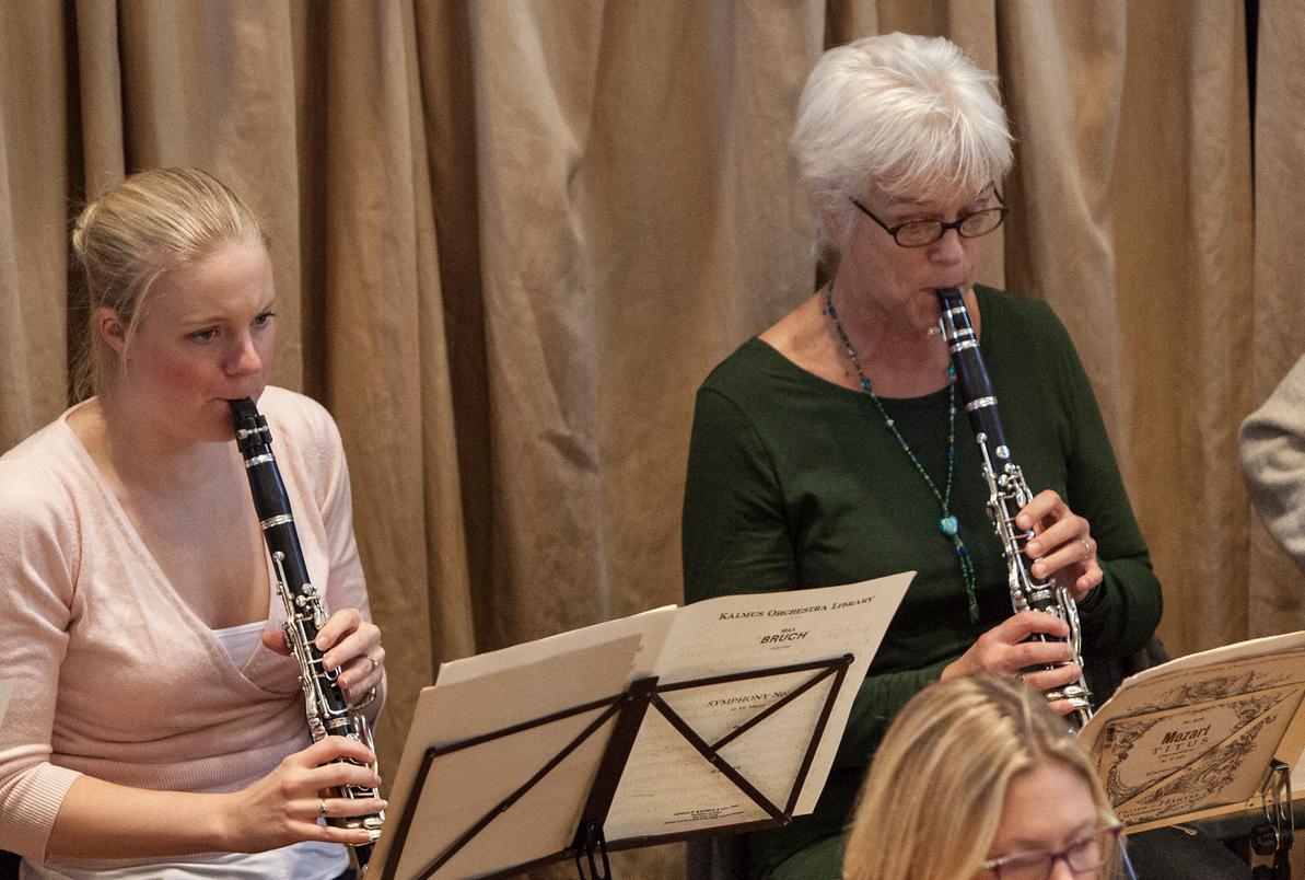 Clarinets in rehearsal