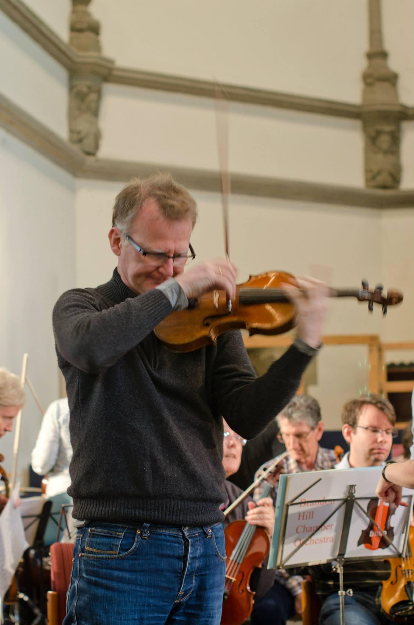Tom in rehearsal